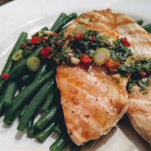 Grilled Chicken with Green Beans and Chimichurri